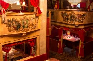 Balcony-Seating-Wandsworth-Restaurant-SW11
