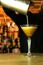 Cocktail-Bartender-Restaurant-Wandsworth-London